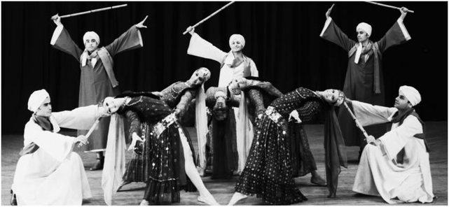 Mahmoud Reda`s troupe